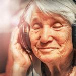 anziani laboratorio musica